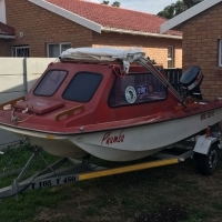 Viking River Boat for sale 30hp Yamaha Motor + trailer