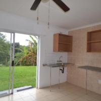 BRYANSTON/Woodmead Bachelor R2900 garden cottage