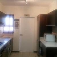 Pristine condition Apartment in Oakdene complex for Sale - R 979000.00