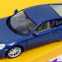 Porsche Model Car (1:32 scale)