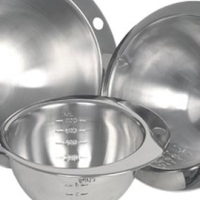 notched round measuring bowl