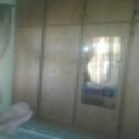 Ruim hoek erf met 3 slpkamerhuis te koop