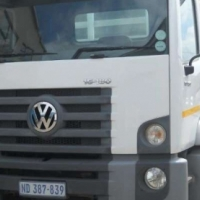 VW 15-180 with brand new 7,2m Dropside Body
