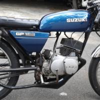 Cafe Racer - GP125 (2-stroke)