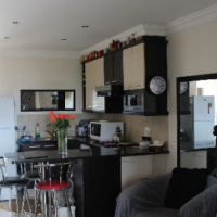 : R600.00 per night – Sleep – 2. Walking distance from beach