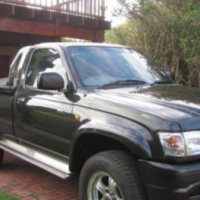 2010 Toyota Hilux 3UZFE FOR SALE URGENT