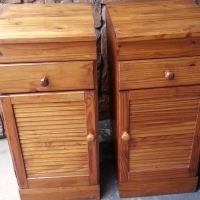 2 Solid Pine Bedside Chests (395x460x880)