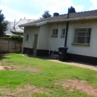 3 Beds House on large stand 1507m² room for extentions or additions!
