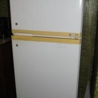 Defy Double door fridge/freezer 260L