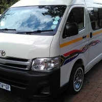 2013 Toyota Quantum 2.7 vvti 16 seated with Sound system