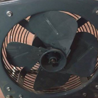 2 heavy duty extractor fans
