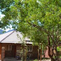 Paulandi - Leeupoort vanaf R500 per nag vir die huis wat 4 persone slaap