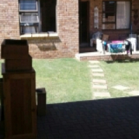 Lillyvale townhouse for rent