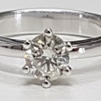 9ct White Gold Diamond 6 Claw Solitaire Ring