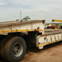 2012 Kearneys tri/axle Folding Gooseneck Lowbed