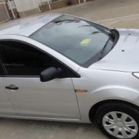 1.4 Ford Figo 2013