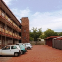 Newly renoavted. Clean and Spacios, 5 minutes from TUT Pta west. Immediately Available.