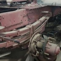 Mercedes Bens Chesie 355 Enjin, ratkas en dif