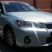 2012 Lexus CT200H Hybrid A/T 124000km.Fuel Saver! Excellent Condition.
