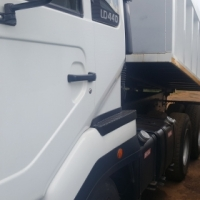 Nissan UD440 Tipper for sale