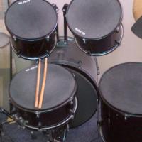 ADW 5 piece drumset.