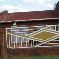 3 bedroom house for sale in Kwathema
