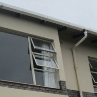 Just Move In - Revamped Apartment in Umtentweni
