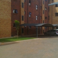 Lemon Tree upmarket 2 bed apartment in La Montagne, Pretoria East.Brand new complex