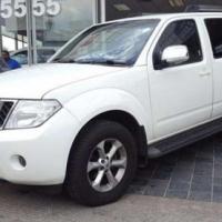 Nissan Pathfinder 2.5dCi SE Auto