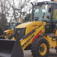 TLBs New Holland B90B 4x4