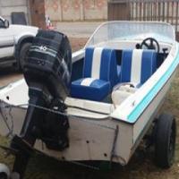 Boat met n 40 mercury motor te koop