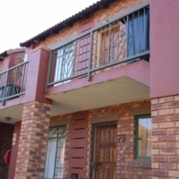 2 bedroom top unit available from 1 April 2017