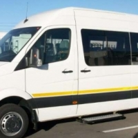 VW Crafter 50 LWB 80kW 22 Seater