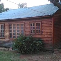 Garden cottage to rent.