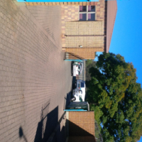 STUNNING streetfront 800sqm WAREHOUSE with offices/paved yard/undercover parking/corporate!!