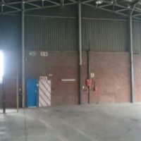 MASSIVE openplan 950sqm WORKSHOP ideal for heavy industrial/panelbeating/manufacturing to let!!