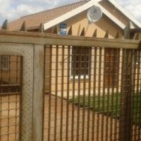 3bedrooms 2bathrooms house in Protea Glen for R4300 plus Deposit in Ext 26