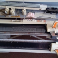 Singer double bed Knitting machine 901/501