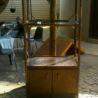Rottang TV/display kas