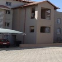3 Bedroom Townhouse in Noordwyk, Available: 1 May 2017