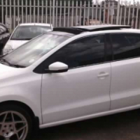 2014 Volkswagen Polo Polo Six 1.6 comfortline sunroof urgent sale