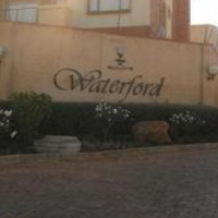 Midrand2Bed Apartment to share