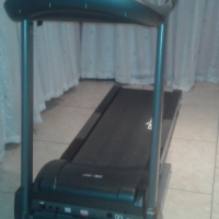 Maxed treadmill for sale (Bargain)