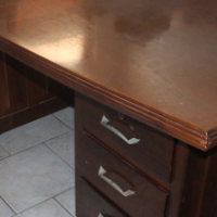 Large 5 Drawer Desk - R995.00