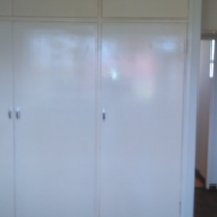 1.5 Bedroom flat for sale in Sunnyside Recently renovated