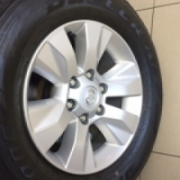Brand new Toyota Hilux wheels and tyres