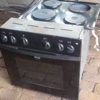 Defy 600s slimline oven and hob