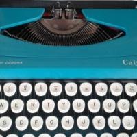 Smith-Corona Calypso manual portable typewriter