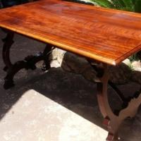 4 Seater Imbuia Table (1370x830x760)