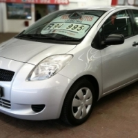 2006 Toyota Yaris 1.3 T3 with 72000km's,Full Service History,Aircon